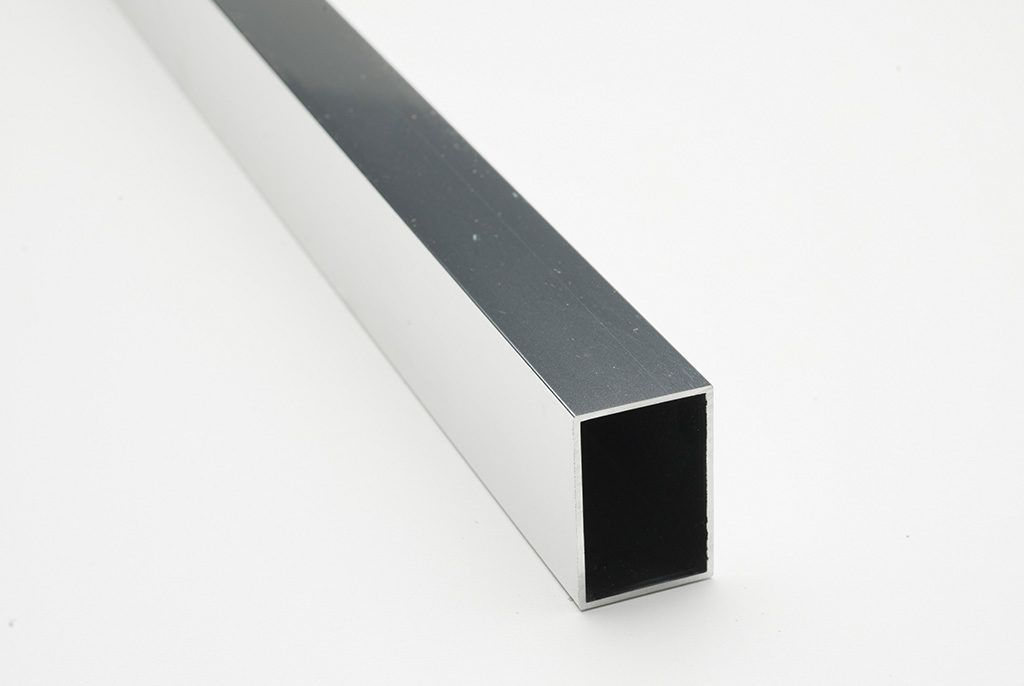 Metpar-Powder-Coated-Headrail-Slider6